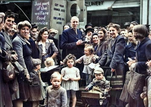 WW2 exhibition photo